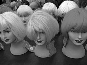 Perücken und Haarteile bei Haarscharf - Ihrem Friseur in Liebenburg