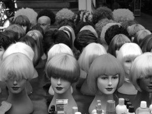 Perücken und Haarteile bei Haarscharf - Ihrem Friseur in Ottobrunn